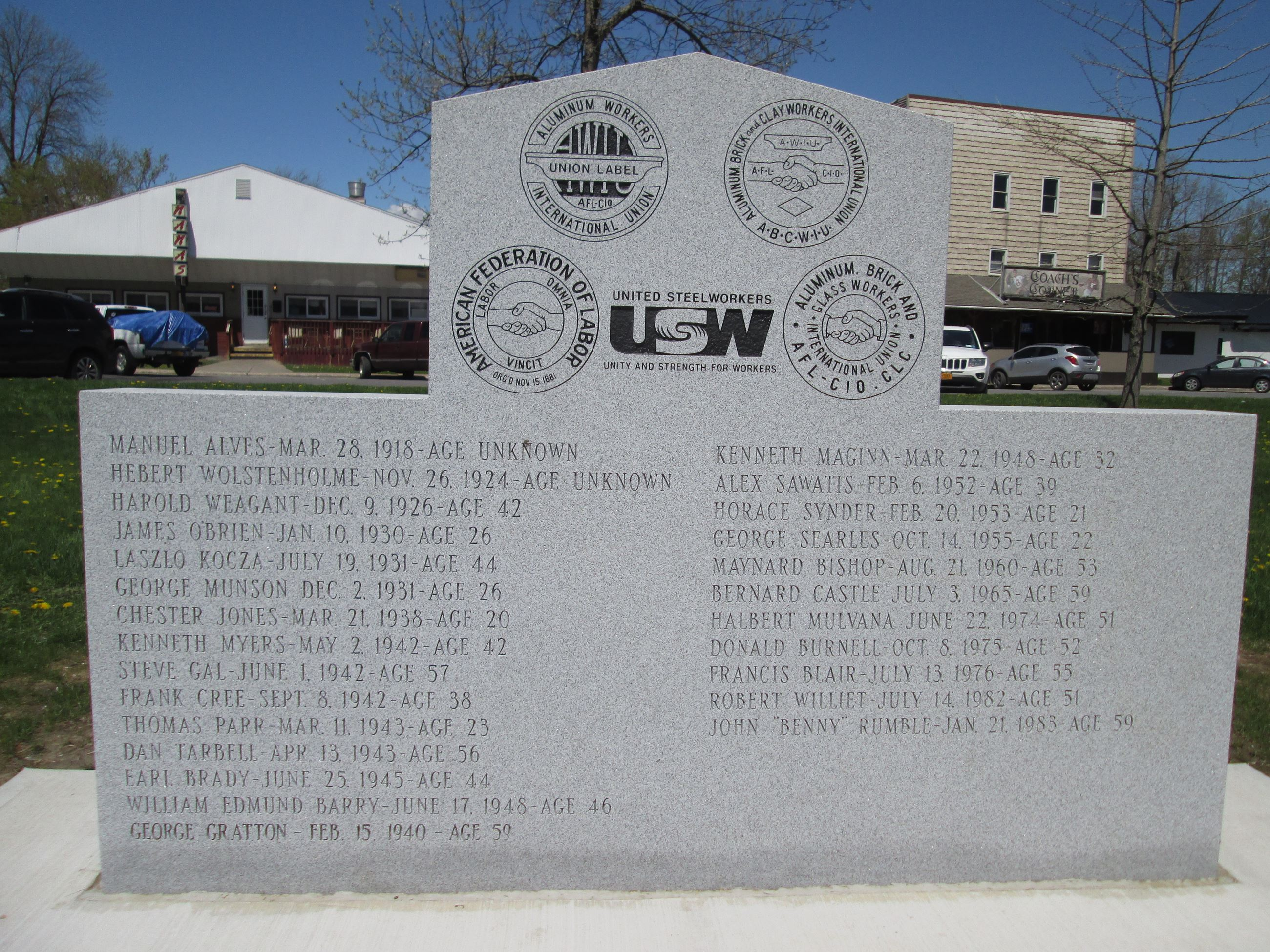 Memorial to Alcoa Workers Killed on the Job